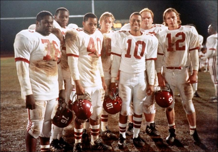 an analysis of remember the titans begins in a small virginia town in 1971
